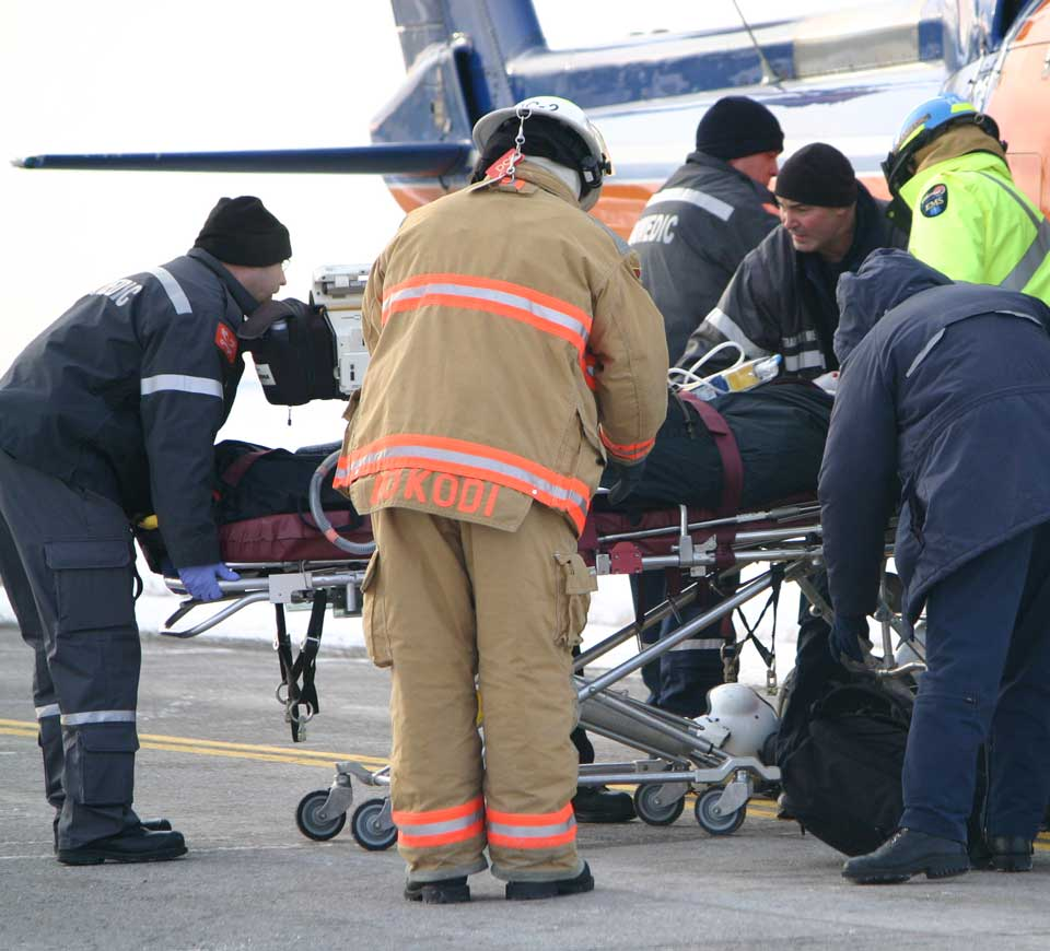 Medical_evacuation_after_car_accident_Kawartha_Lakes_Ontario